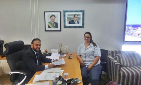 Comissão SOS Paraim entrega projeto de Revitalização das nascentes ao secretário Ziza Carvalho