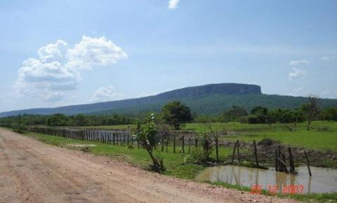 Vereadores de Curimatá tentam impedir destruição da Serra do Gado Bravo