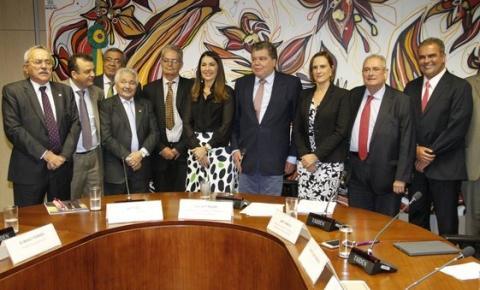 Governadora em exercício Margarete Coelho assina pacto para gestão integrada da Bacia do Rio Parnaíba