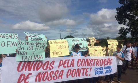 População de Santa Filomena e Alto Parnaíba realiza manifestação pela construção de ponte sobre o Rio Parnaíba
