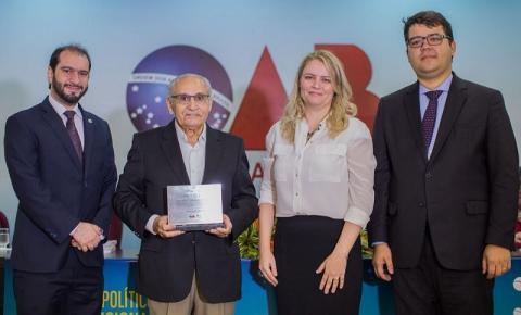 Jesualdo Cavalcanti é um dos 14 constituintes homenageados pela OAB na abertura do II Congresso de Estudos Políticos