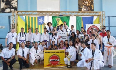 Corrente recebeu o 9º Campeonato Sulpiauiense de Karatê este final de semana