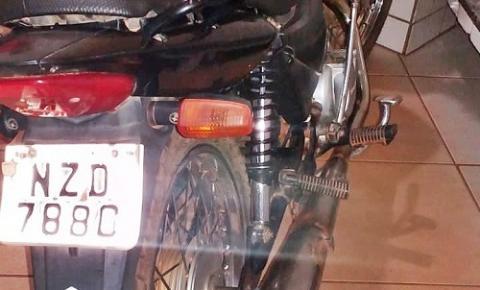 Polícia Militar de Corrente apreende mais uma motocicleta com registro de furto