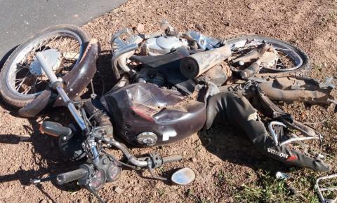 Mulher morre em colisão frontal na BR 135 em Gilbués
