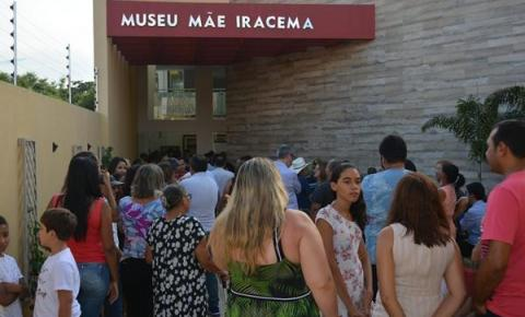 Família Barros inaugura museu de arte sacra em Corrente