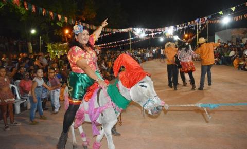 CRAS e Secretaria de Educação realizam animado Arraiá em São Gonçalo do Gurgueia