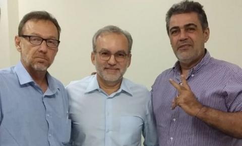 Prefeito Firmino recebe representantes da Fundação Rio Parnaíba