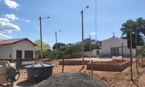 Prefeitura de São Gonçalo constrói praça na localidade Saquinho, zona rural do município