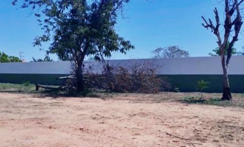 Prefeitura de Curimatá gasta 200 mil reais em muro de UBS