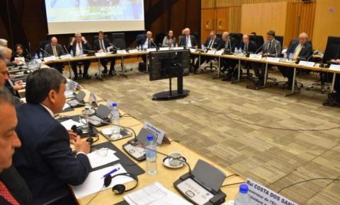 Governadores do nordeste apresentam oportunidades de negócios a 40 empresários franceses