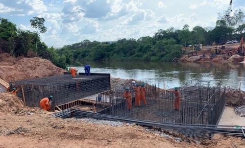 Obra da ponte em Santa Filomena, que ligará os estados do Piauí e Maranhão, começa a virar realidade