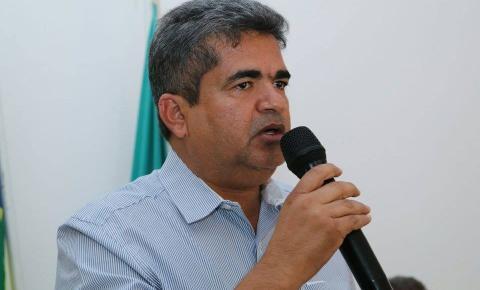 Gladson Murilo Mascarenhas Ribeiro e Benigno Ribeiro, atual e ex-prefeito de Corrente, viram réus na Justiça Federal