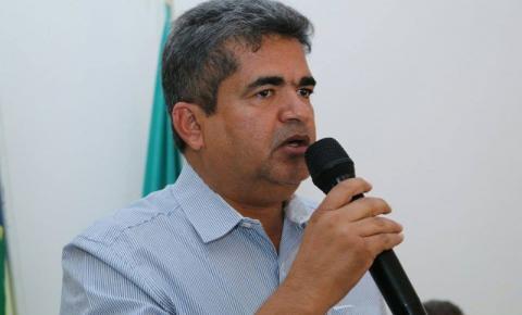 Vereadores denunciam prefeito de Corrente ao Ministério Público por Improbidade Administrativa