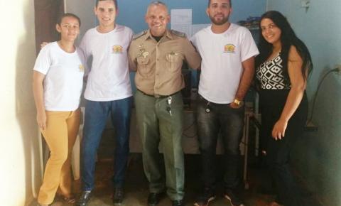 Consumo de álcool e condução irregular de veículos por menores é tema de discussão entre Polícia Militar e Conselho Tutelar em Morro Cabeça no Tempo