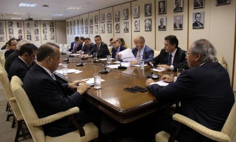 Deputado cobra a redução do lucro dos bancos ao ministro da Economia