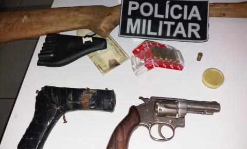 Polícia Militar prende homem em flagrante por porte ilegal de arma de fogo em Júlio Borges