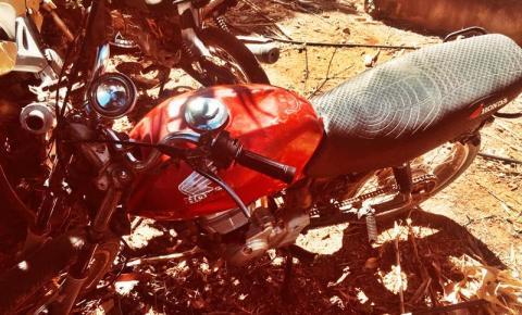 PM de Parnaguá persegue suspeitos e recupera moto roubada