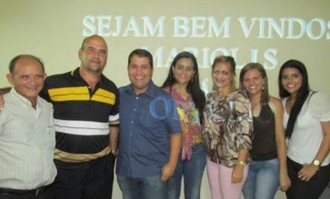 Cristalândia recebe dois médicos cubanos