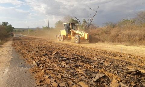 Governo inicia recuperação da PI-395 que dá acesso a Palmeira do Piauí
