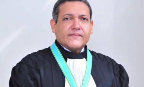 Bolsonaro confirma indicação do desembargador piauiense Kassio Nunes para o STF