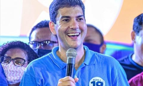 Eduardo Braide vence a disputa pela prefeitura em São Luís