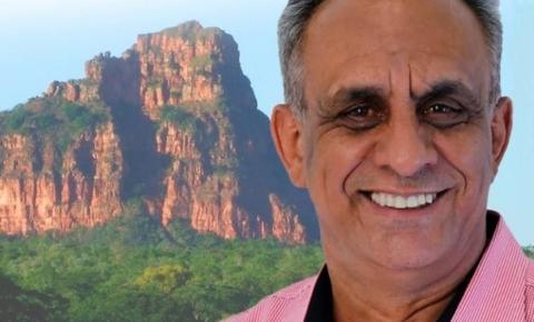 Edilson de Araújo Nogueira homenageia Corrente pelo seu aniversário