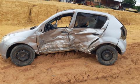 PRF atende acidente com vítimas na BR 135