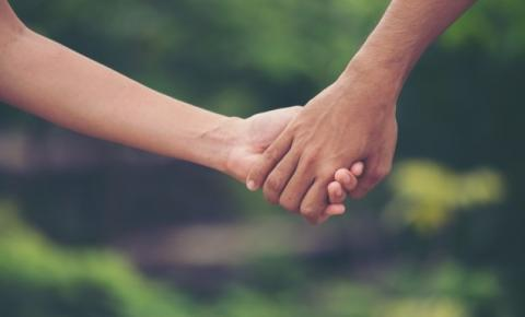 Iracema apresenta projeto que prevê acolhimento de crianças e adolescentes vítimas de violência sexual