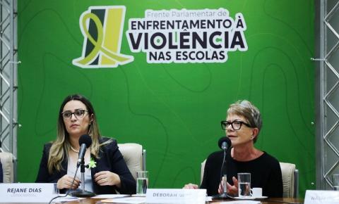 Conselhos Federais agradecem Rejane Dias por inclusão de psicólogos e assistentes sociais ao FUNDEB