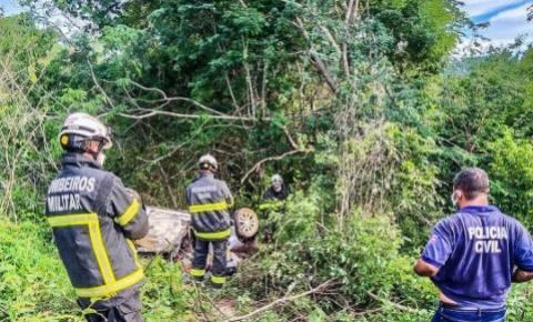 Corpos da família do DF que sofreu acidente em Formosa do Rio Preto são resgatados