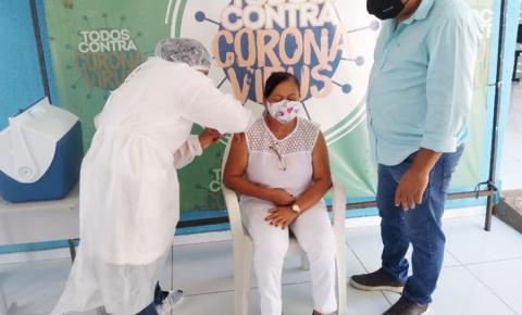 Redenção do Gurgueia dá início à imunização contra a covid com os servidores da Saúde
