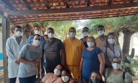 Servidores do Hospital Dr, João Pacheco Cavalcante são vacinados contra a covid