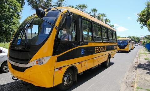 Sebastião Barros é contemplado com um novo ônibus escolar