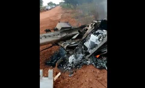 Três pessoas morrem após carro colidir contra um poste na zona rural de Angical/BA. Veja o vídeo!
