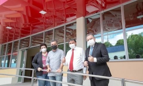 Governador visita obras do novo Hospital Infantil