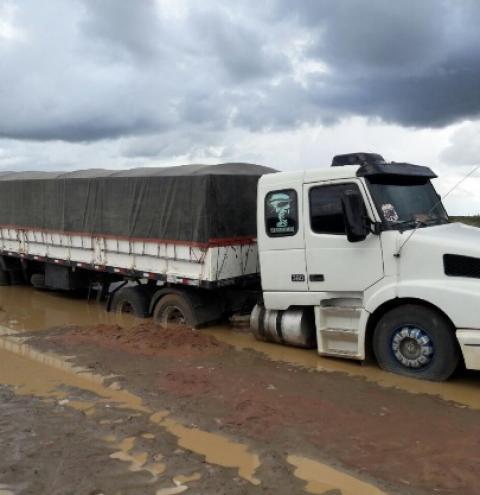 Falta de estradas prejudica o escoamento da produção recorde do cerrado no Piauí