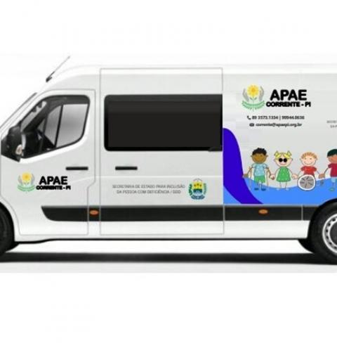 APAE de Corrente finalmente é contemplada com uma van