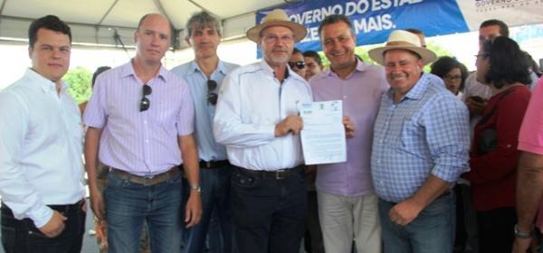 Agricultores da Coaceral reivindicam segurança jurídica para governador da Bahia